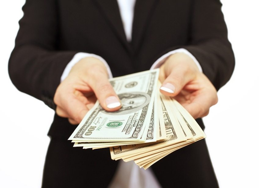 Google legt die Messlatte was Investition angeht sehr hoch an, kann Apple da mitziehen? (Bild: Ammentorp - Fotolia.com)