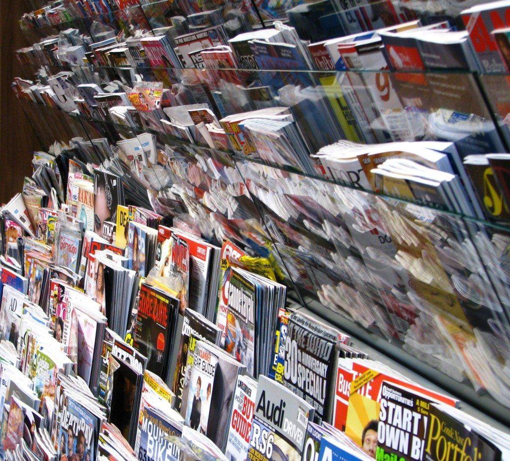 Wieso nicht auch mal zu einer Zeitschrift greifen, um sich inspirieren zu lassen? (© Christian Eversbusch / pixelio.de)