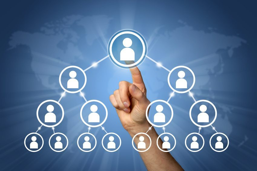Wer als Social Media-Manager arbeitet, knüpft Beziehungen. (Bild: SP-PIC - Fotolia.com)