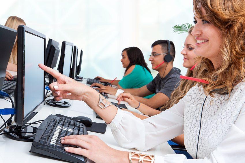 Frauen sind in Sachen Netzwerken meist sehr geschickt. (Bild: karelnoppe - Fotolia.com)