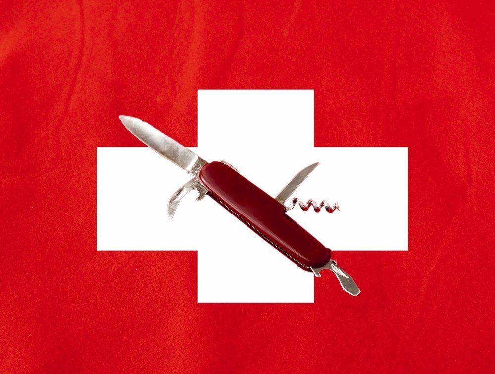 Taschenmesser-Schweiz-Fabio-Alcini-shutterstock