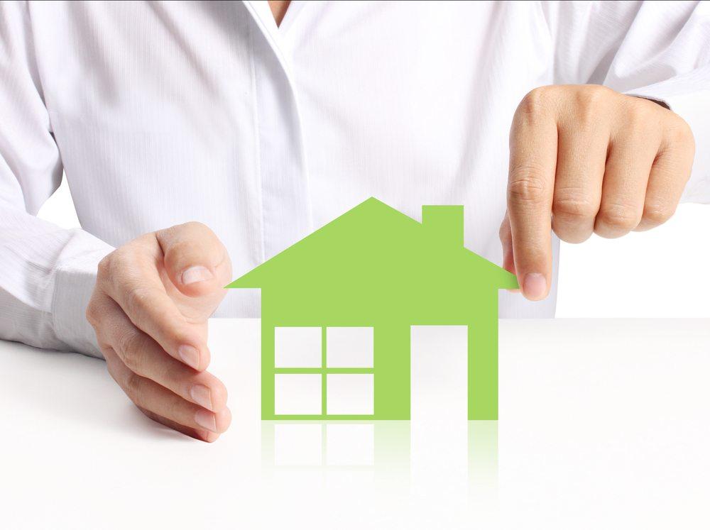 Hausfinanzierung-Denphumi-Shutterstock.com