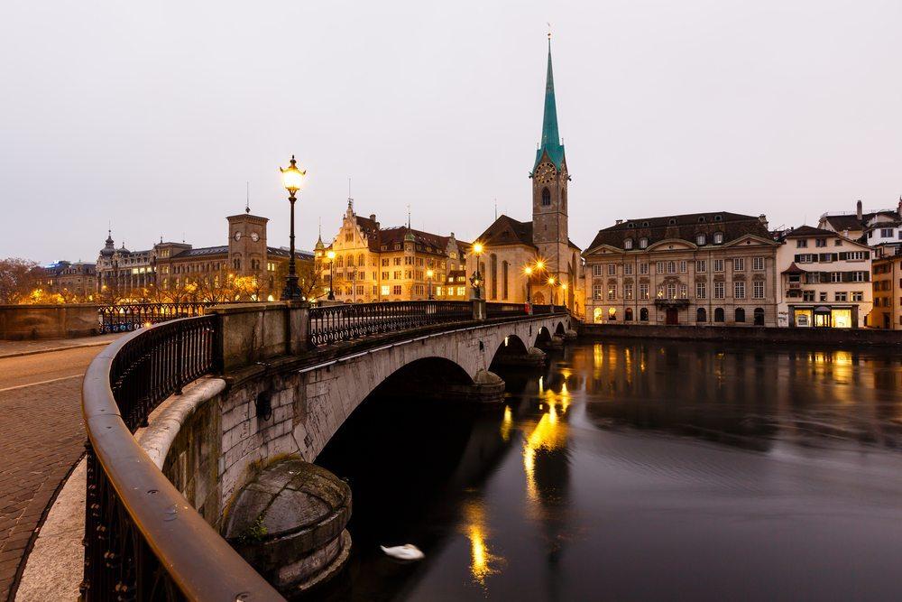 Steuerparadies-Schweiz-anshar-Shutterstock.com