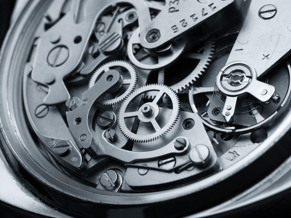 Uhrwerk-FERNANDO-BLANCO-CALZADA-shutterstock.com