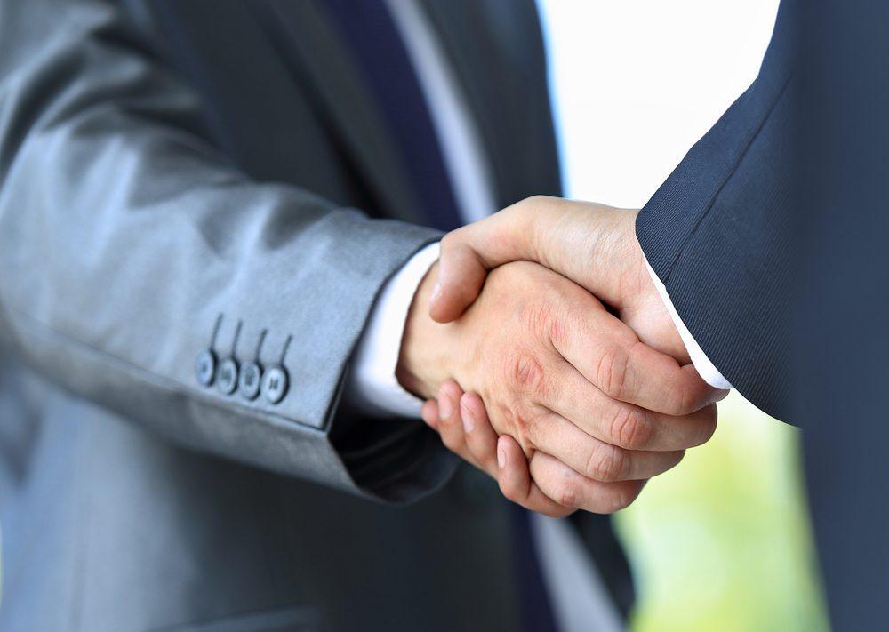 Richtige Reaktion auf Kundenfeedback verspricht Erfolg. (Bild: EDHAR / Shutterstock.com)