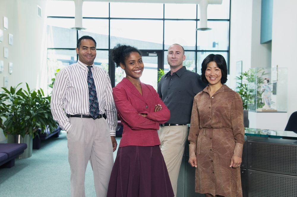 Der Umgang mit den unterschiedlichen Mitarbeitertypen. (Bild: Blend Images / Shutterstock.com)