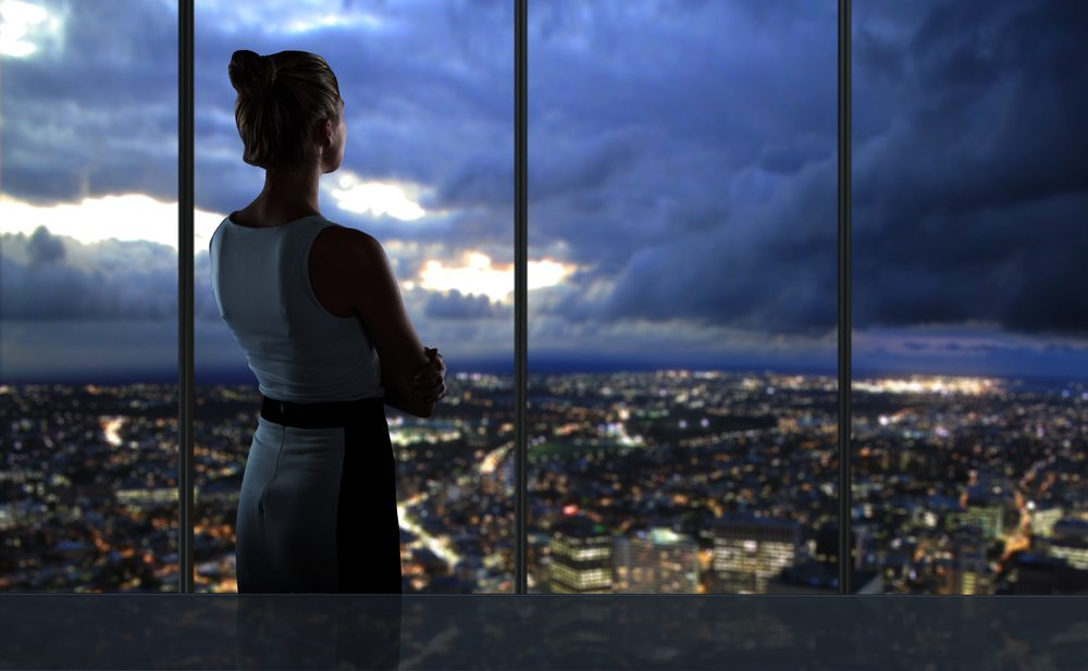 Weibliche Führungskräfte verkörpern oft den mütterlichen Cheftyp. (Bild: Peshkova / shutterstock.com)