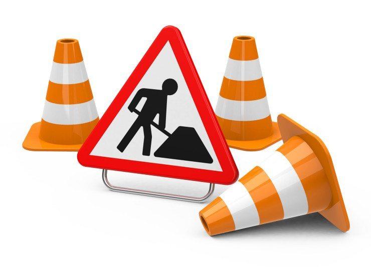 Baustellenmarkierungen sind hoch sicherheitsrelevant - nicht nur für Passanten. (Bild: © beermedia.de - Fotolia.com)