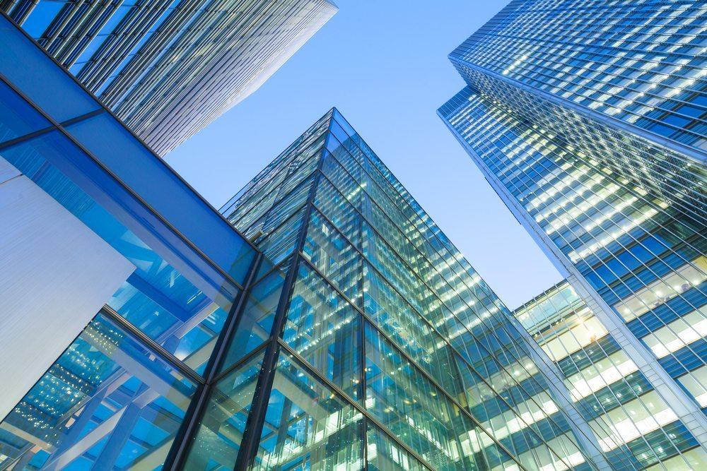 Der Asset Deal ist nicht nur auf Kapitalgesellschaften begrenzt, sondern auch bei Personengesellschaften möglich. (Bild: alice-photo / Shutterstock.com)