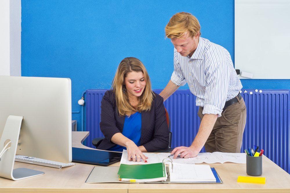 Die Unternehmen erwarten fertige und effiziente Mitarbeiter. (Bild: Corepics VOF / Shutterstock.com)