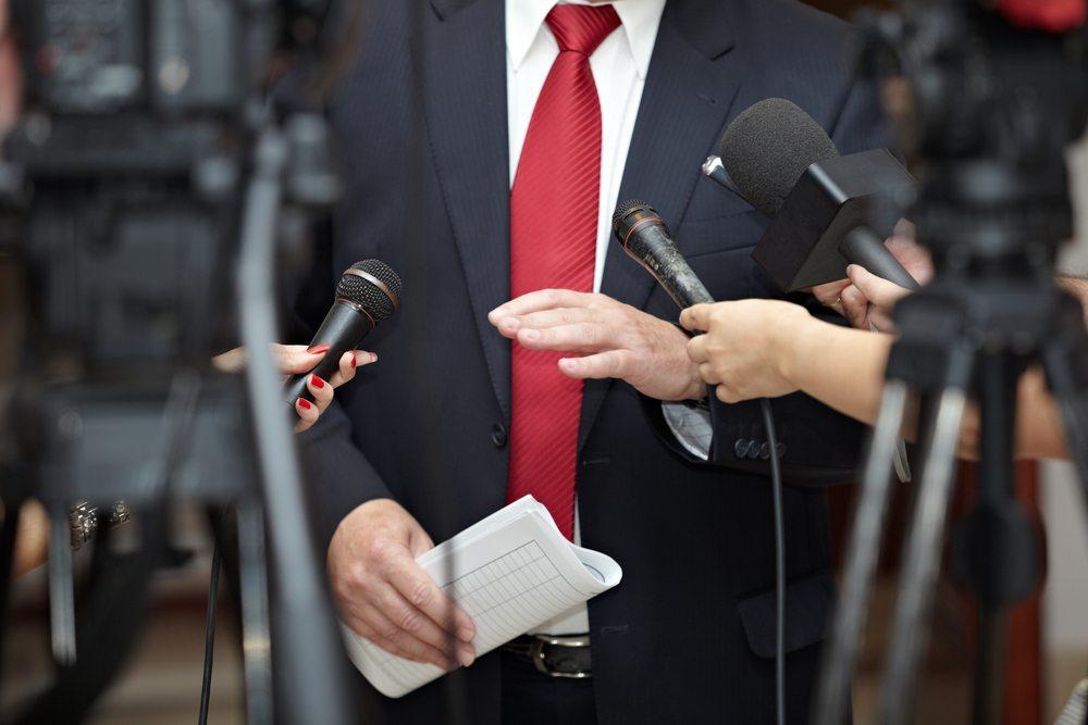 Politische Unsicherheiten als Hemmschuh für das Wirtschaftswachstum. (Bild: Picsfive / Shutterstock.com)