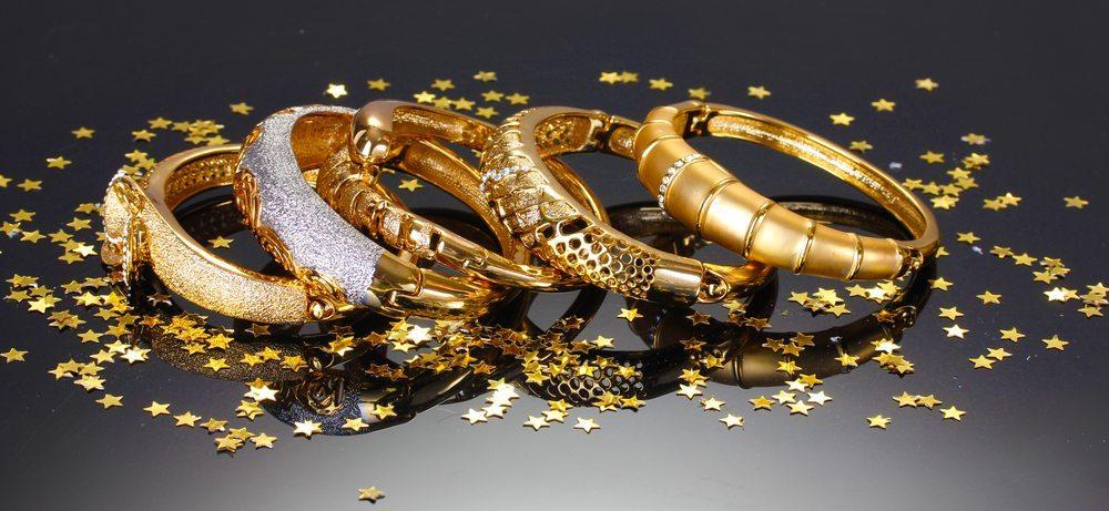 Die Nachfrage nach Luxusgütern sinkt; die Wachstumsraten brechen teilweise massiv ein. (Bild: Africa Studio / Shutterstock.com)