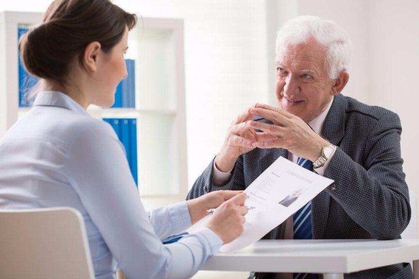 Bewerber profitieren von einem zeitnahen, individuellen Feedback. (Bild: © Photographee.eu - shutterstock.com)