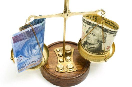 Der starke US-Dollar hilft Schweizer Grosskonzernen. (Bild: Ilyashenko Oleksiy / Shutterstock.com)