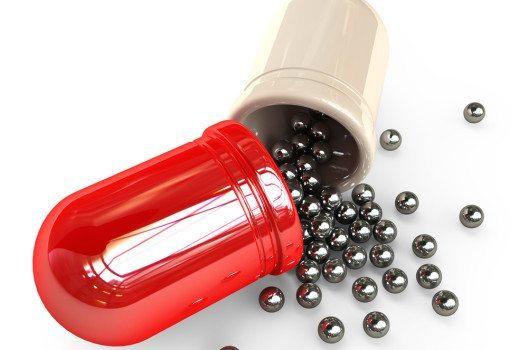Medikamente, die Nanopartikel enthalten, sind in der Lage, bösartige Krebszellen zielgenau zu bekämpfen. (Bild: Iaroslav Neliubov / Shutterstock.com)