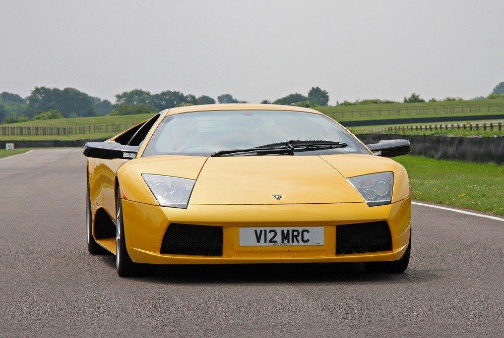 Lamborghini Murciélago (Bild: © Brian Snelson - CC BY-SA 2.0)