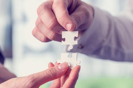 Der erste Weg zur Mobilisierung zusätzlichen privaten Kapitals ist die Beteiligung eines zusätzlichen Partners. (Bild: Gajus – shutterstock.com)