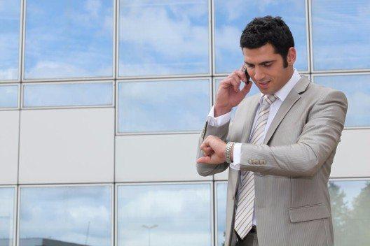 Um möglichst effizient zu arbeiten, sollte immer nur eine Aufgabe auf einmal begonnen und bearbeitet werden. (Bild: © auremar - shutterstock.com)