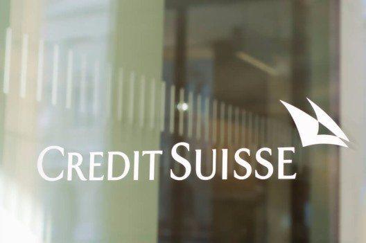 Die Credit Suisse publizierte eine Studie, in der es darum geht, ob Kapitalverkehrskontrollen den Aufwertungsdruck auf den Franken mindern könnten. (Bild: © Simon Zenger - shutterstock.com)