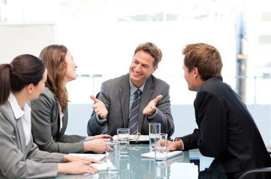 Gerade für Führungskräfte ist Humor eine wesentliche Eigenschaft. (Bild: wavebreakmedia – shutterstock.com)