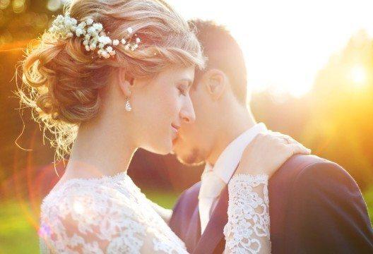 Die Zahl der Eheschliessungen in der Schweiz befindet sich auf einem Höhenflug. (Bild: © Halfpoint - fotolia.com)