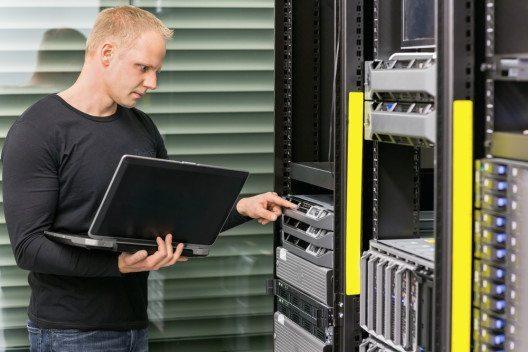 Schnelllebige Technologien und Job-Risiken für Quereinsteiger (Bild: © Kjetil Kolbjornsrud - shutterstock.com)