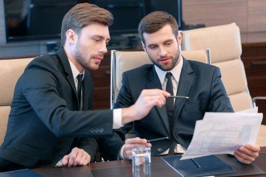 Die meisten Firmen haben derzeit andere Sorgen als eine langfristige Nachwuchsplanung. (Bild: © IAKOBCHUK VIACHESLAV - shutterstock.com)