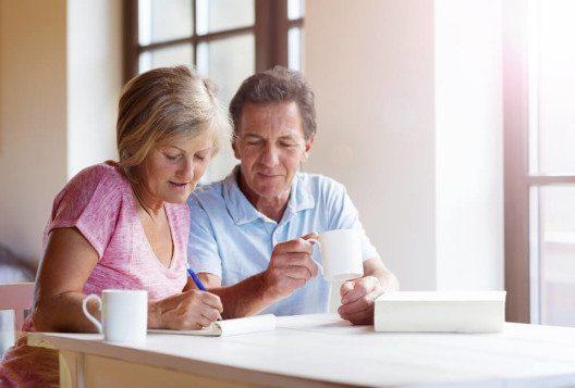 Die Studie untersucht und bewertet die Altersvorsorge verschiedener Länder hinsichtlich der Leistungen, Finanzierung und Rahmenbedingungen. (Bild: © Halfpoint - shutterstock.com)