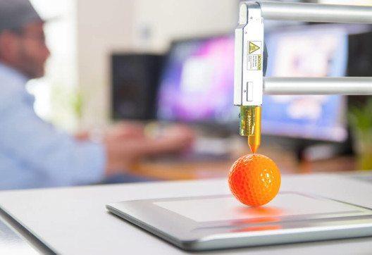 Für einige Firmen kann es sinnvoll sein, Schritt für Schritt Erfahrungen mit 3D-Druck zu sammeln und daraus zu lernen. (Bild: © Alexander Kirch - shutterstock.com)