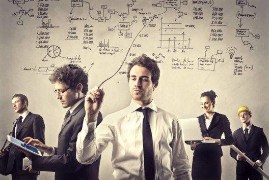 Die Digitalisierung umfasst alle Unternehmensbereiche. (Bild: © Ollyy - shutterstock.com)