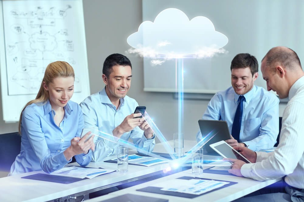 http://business24.ch/wp-content/uploads/2015/11/cloud-computing-Syda-Productions-shutterstock_242602495-verwendet.jpg