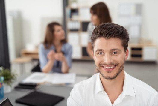 Wie finde ich überhaupt die richtigen Mitarbeiter? (Bild: © racorn - shutterstock.com)