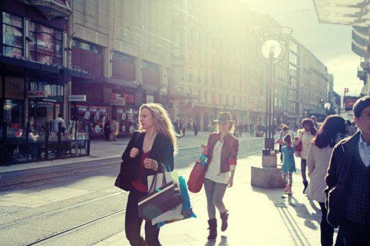 Der offene und flexible Arbeitsmarkt ist traditionell ein massgeblicher Standortvorteil der Schweiz. (Bild: © InnaFelker - shutterstock.com)