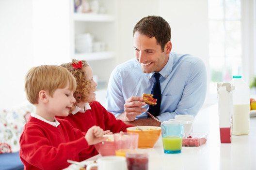 Der Alles-Erreicher braucht als Pendant für sein erfolgreiches Berufsleben ein glückliches Privatleben. (Bild: Monkey Business Images – Shutterstock.com)