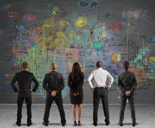 Unternehmen vor komplexen Herausforderungen (Bild: © alphaspirit – Shutterstock.com)