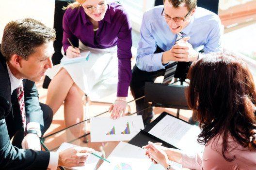 Führungskräfte optimieren (Bild: © Kzenon – Shutterstock.com)