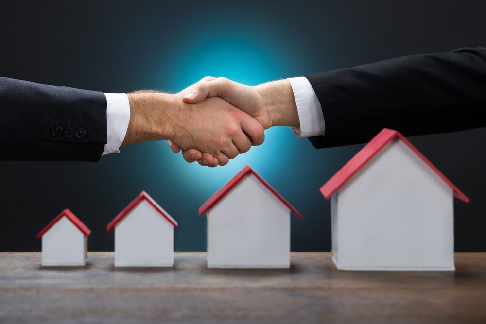 bonus.ch plant in Zukunft mehrere Hypothekenpartner. (Bild: © Andrey_Popov - shutterstock.com)