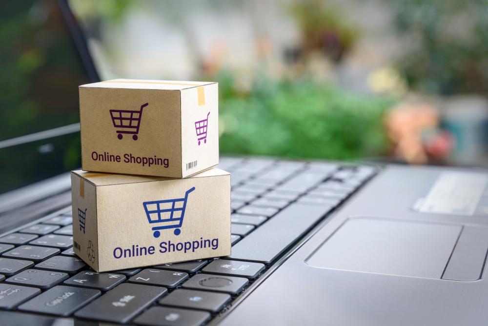 Online-Händler müssen auf die Corona-Krise reagieren. (Bild: William Potter - shutterstock.com)