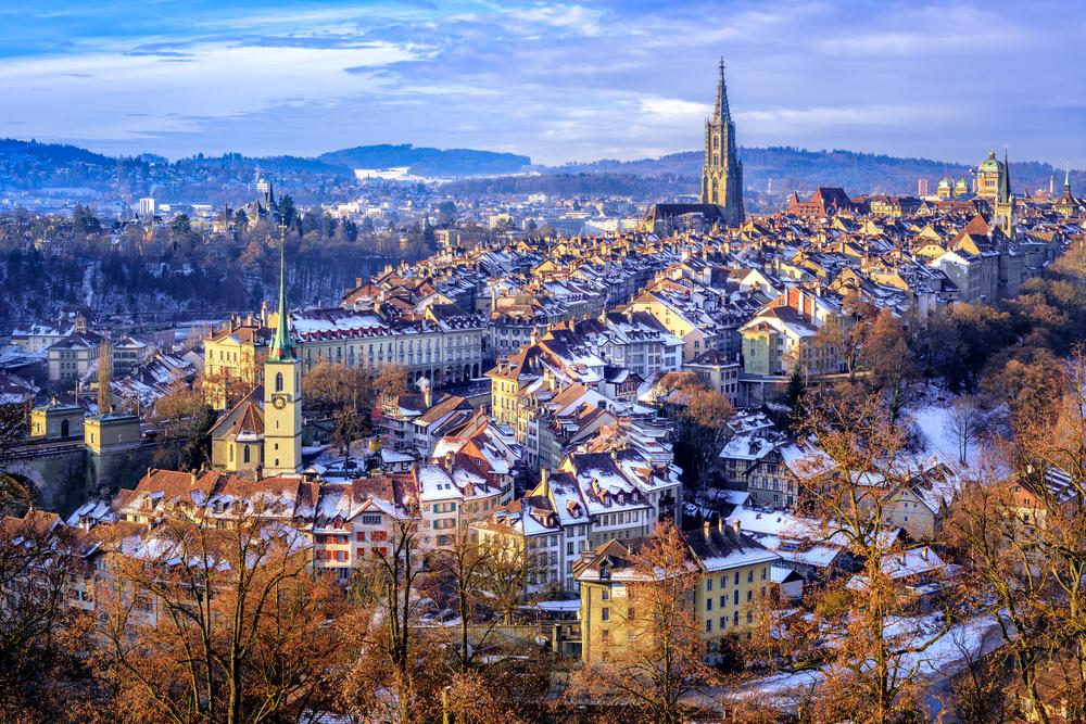Die Schweizer sind überzeugt von den Armbrust-Produkten. (Bild: Boris Stroujko - shutterstock)